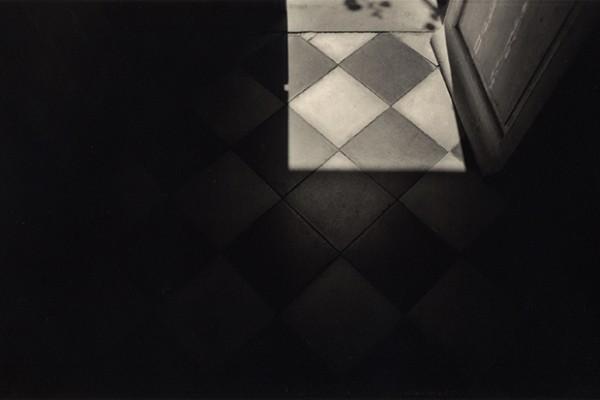 interior|2000